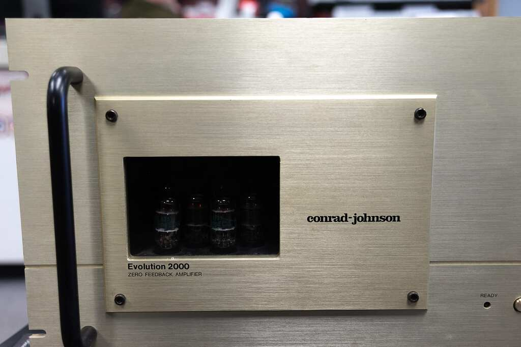 Conrad Johnson Evolution 2000 Power Amplifier [Sold]